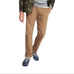 Old Navy Lived-In Straight Khaki Pants  34x32
